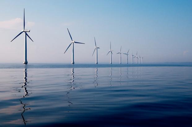 Europa szybko redukuje emisje CO2 i wolno rozwija OZE