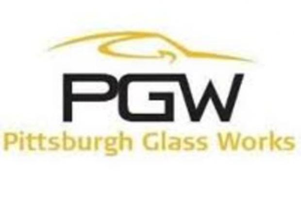Pierwsza łopata na budowie Pittsburgh Glass Works