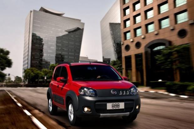 """Nowy Fiat Uno """"Samochodem roku 2011"""" w ... Brazylii."""