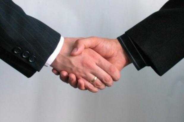 Właściciel UPC kupi Aster za 2,4 mld zł, wliczając dług