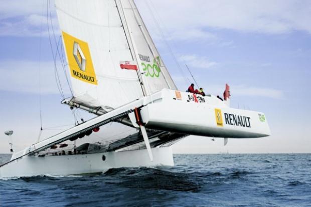 Renault eco2 płynie (!) po rekord