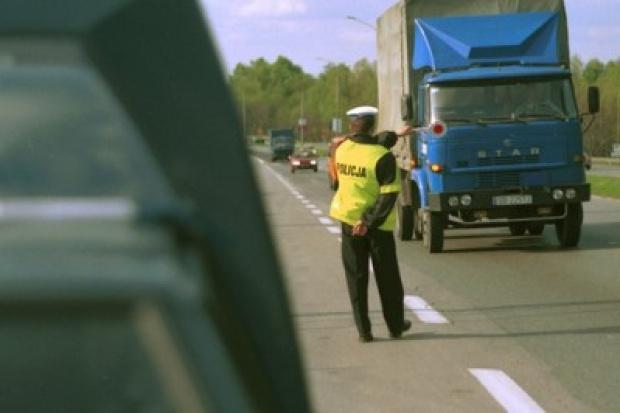W czasie świąt więcej policjantów na drogach