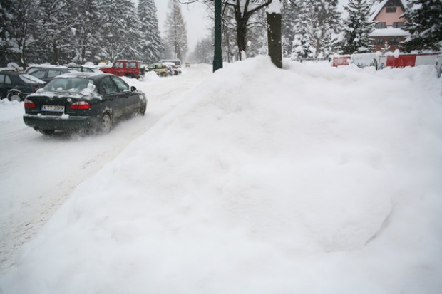 Ekspert: raczej nie ma alternatywy dla soli na drogach