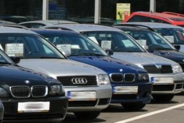 Sprowadzamy mniej aut używanych