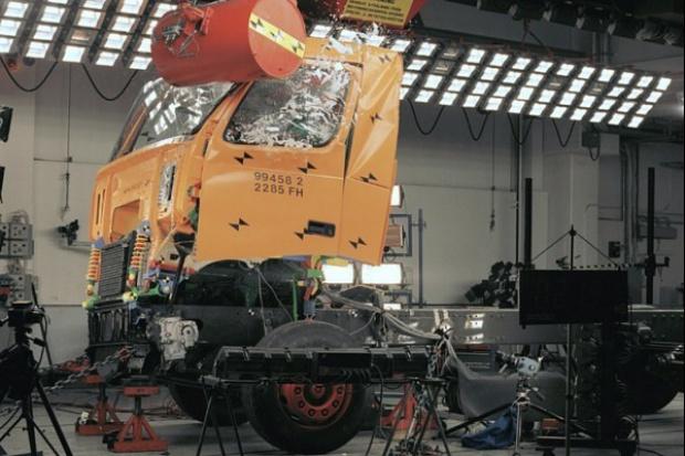Crash-test ciężarówek: najcięższy u Volvo