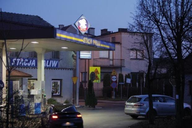 W 2010 roku w Polsce przybyło 40 stacji paliw