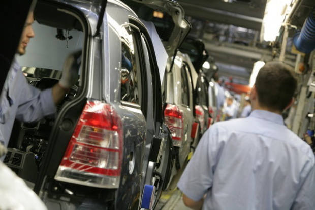 W 2010 r. w Polsce wyprodukowano ponad 887 tys. aut