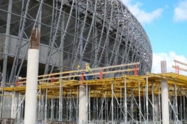 PGE Arena: podwykonawca domaga się 90 mln zł od konsorcjum budowlanego