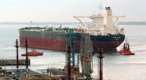Naftoport podwoił przeładunki ropy i paliw w 2010 roku