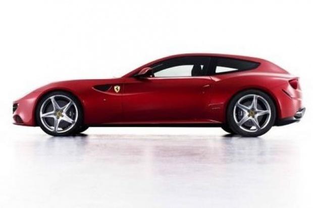 Pierwsze Ferrari 4x4