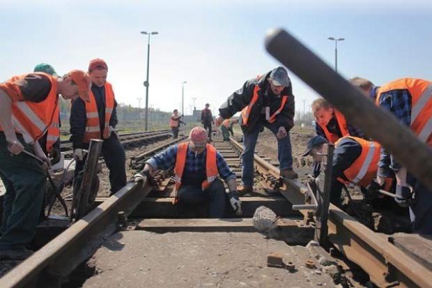 Kolejarska Solidarność krytykuje przekazanie środków UE na drogi