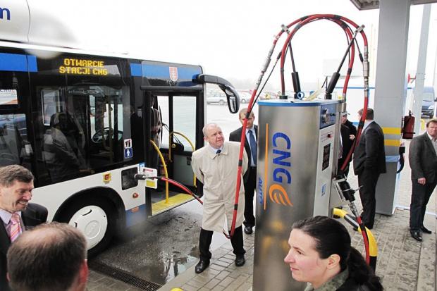 Gazprom zainteresowany stacjami CNG w Polsce
