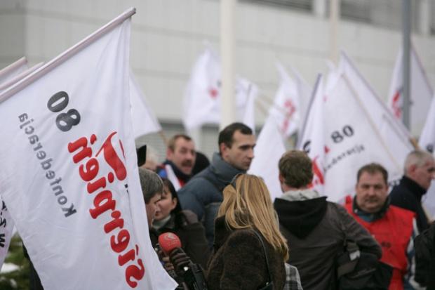 18 lutego demonstracja przed siedzibą KHW