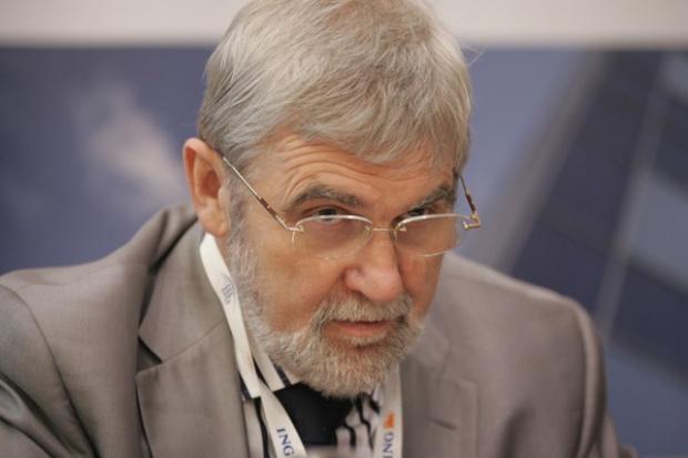 Prof. K. Żmijewski: rozwój energetyki jądrowej a stawianie baniek i lewatywa
