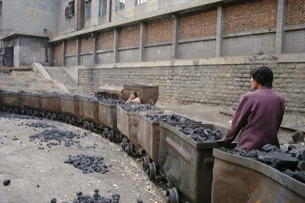Codziennie ginie w chińskich kopalniach sześciu górników