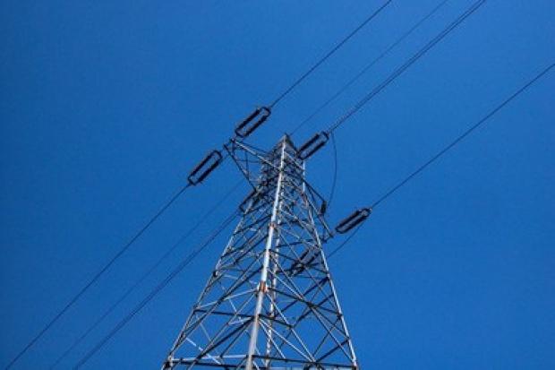 Europejskie koncerny energetyczne ograniczają inwestycje i sprzedają aktywa