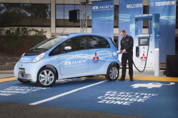 Pierwsza stacja szybkiego ładowania aut elektrycznych w .... Australii