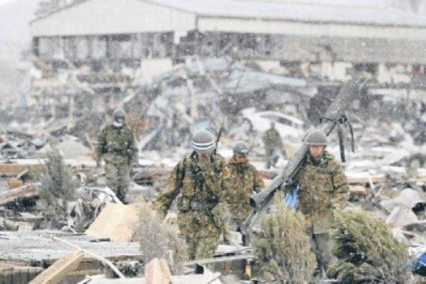 Rosja zyskuje na walkach w Libii i katastrofach w Japonii