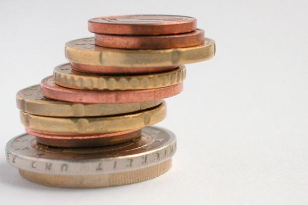 Jak firmy zabezpieczają się przed ryzykiem walutowym?