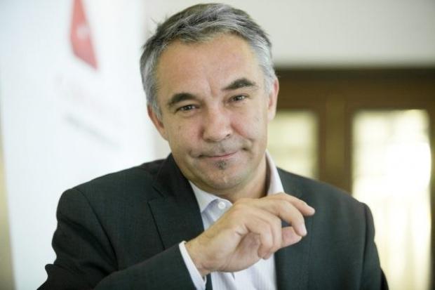 M. Wiśniewski, Consus: uwaga na szare CER-y