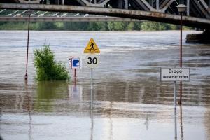 PE zatwierdził pomoc finansową dla ubiegłorocznych powodzian