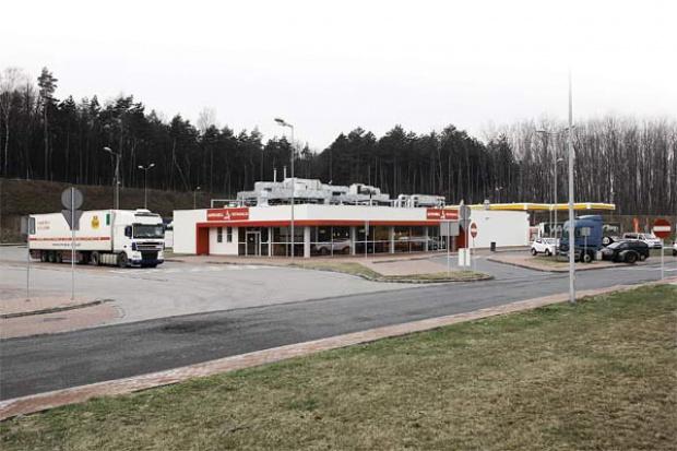 Walka o stacje paliw przy autostradach dopiero się zaczyna