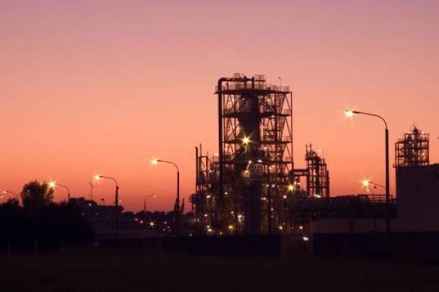 PKN Orlen może sprzedać akcje Anwilu lub jego część na przełomie 2011 i 2012
