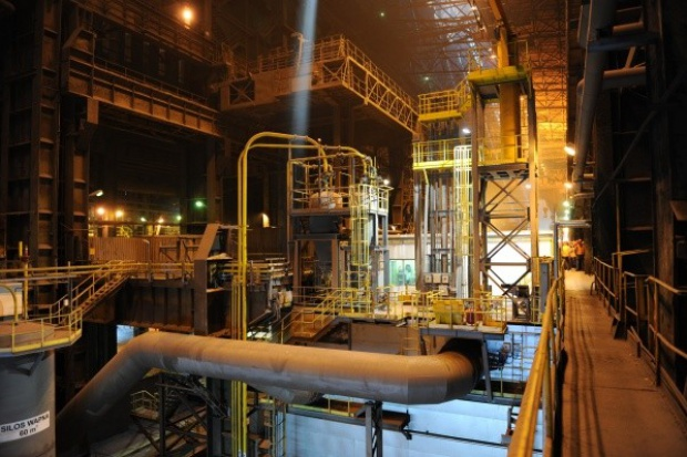 ArcelorMittal Poland uruchomił w Dąbrowie Górniczej dwa stanowiska odsiarczania surówki