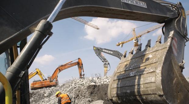 Jak zahamować po boomie spadek inwestycji infrastrukturalnych?