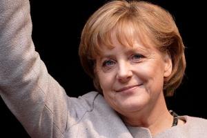 Merkel: pomoc G8 dla krajów arabskich historycznym obowiązkiem