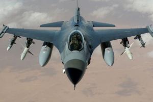 Klich: podpisanie porozumienia o stacjonowaniu F-16 po wizycie Obamy