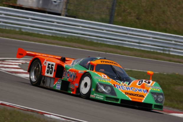 Nostalgiczny powrót Mazdy na tor w Le Mans