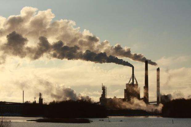 Darmowe CO2 dla nowych elektrowni wisi w powietrzu