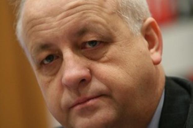 """Branża paliwowa krytycznie wobec """"Strategii rozwoju transportu"""""""