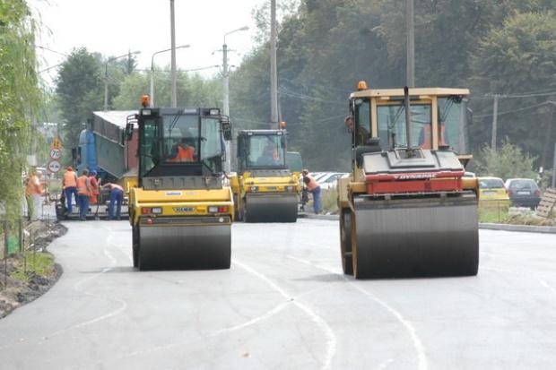 Spada rentowność w budownictwie drogowym