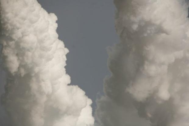 Polskie firmy zarobią na skoku cen uprawnień do emisji CO2