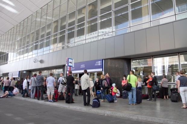 RWE odrzuca oskarżenia o przerwanie dostaw energii do Dworca Centralnego