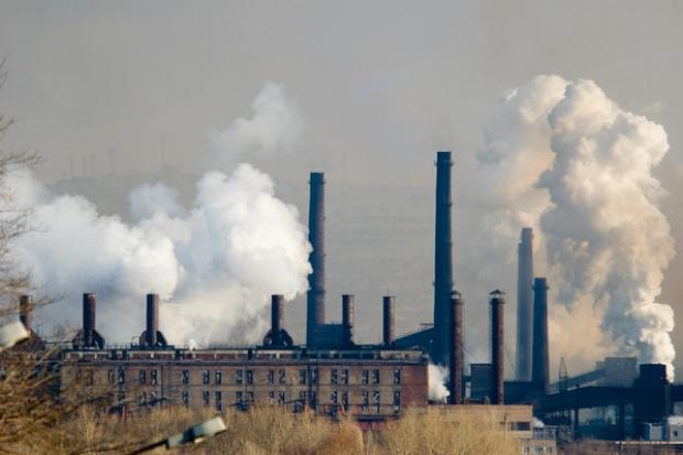 Szef komisji ds. środowiska w PE chce większej redukcji emisji CO2