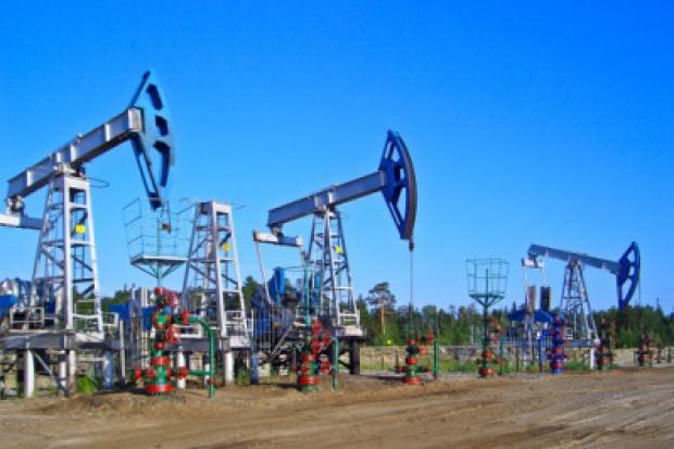 Ropa naftowa wyraźnie drożeje w USA