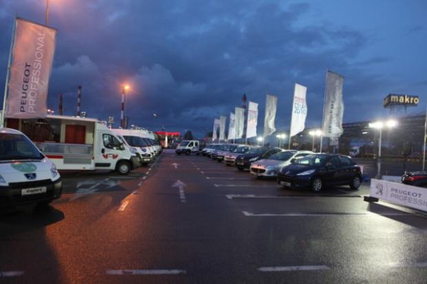 """Peugeot """"wychodzi"""" do klienta flotowego"""