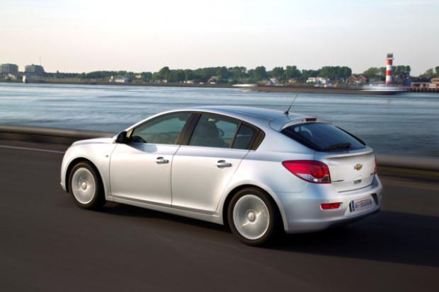 Chevrolet wprowadza Cruze'a w odmianie hatchback