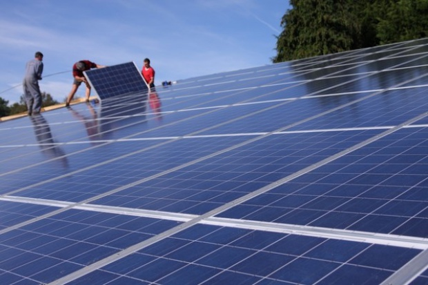 Brak chętnych na dofinansowanie energetyki słonecznej