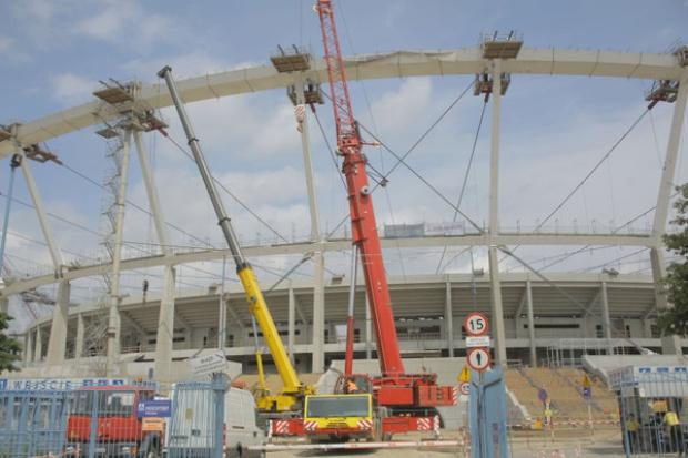 Eksperci znajdą przyczyny awarii na Stadionie Śląskim