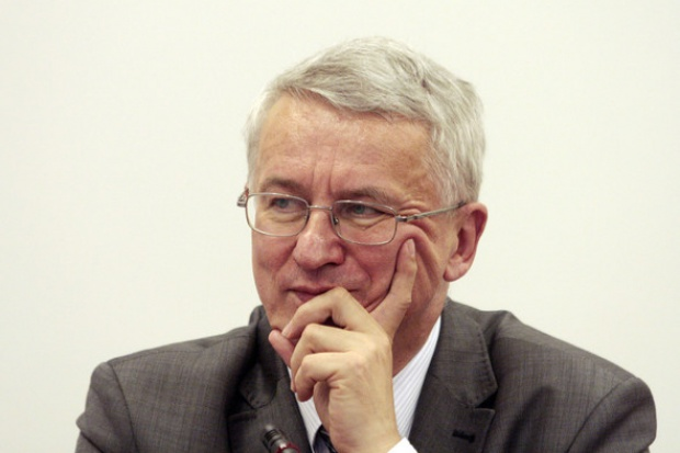 Jerzy Majchrzak: UE samotnie prze w ograniczeniach emisji gazów cieplarnianych