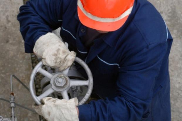 Inspektorzy KE sprawdzają kontrakty z Gazpromem
