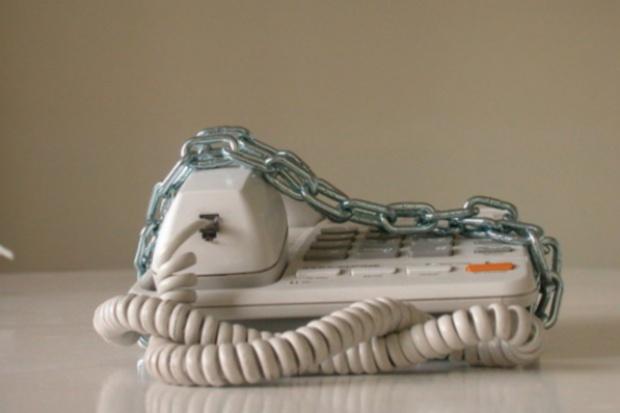 KE chce ujednolicić zasady dostępu do sieci telefonicznych