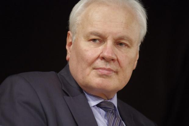 Kraszewski: Polsce coraz trudniej sprzedać nadwyżki CO2