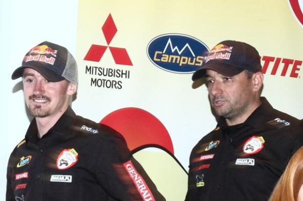 Iza i Adam Małyszowie za kierownicą Mitsubishi Pajero