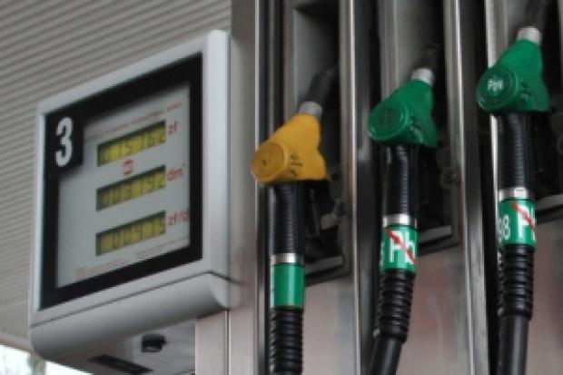 Ceny paliw: emocje kierowców nie stygną