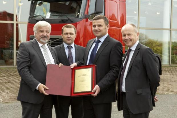 400. ciężarowych Volvo w OMEGA Pilzno